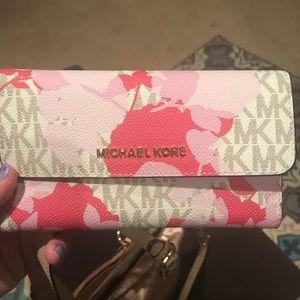 MK Jet Set Floral Wallet